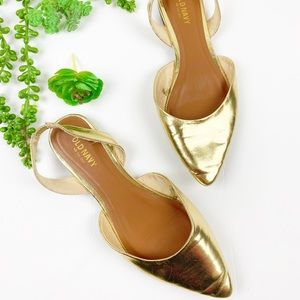 Old Navy Gold Pointed Flats